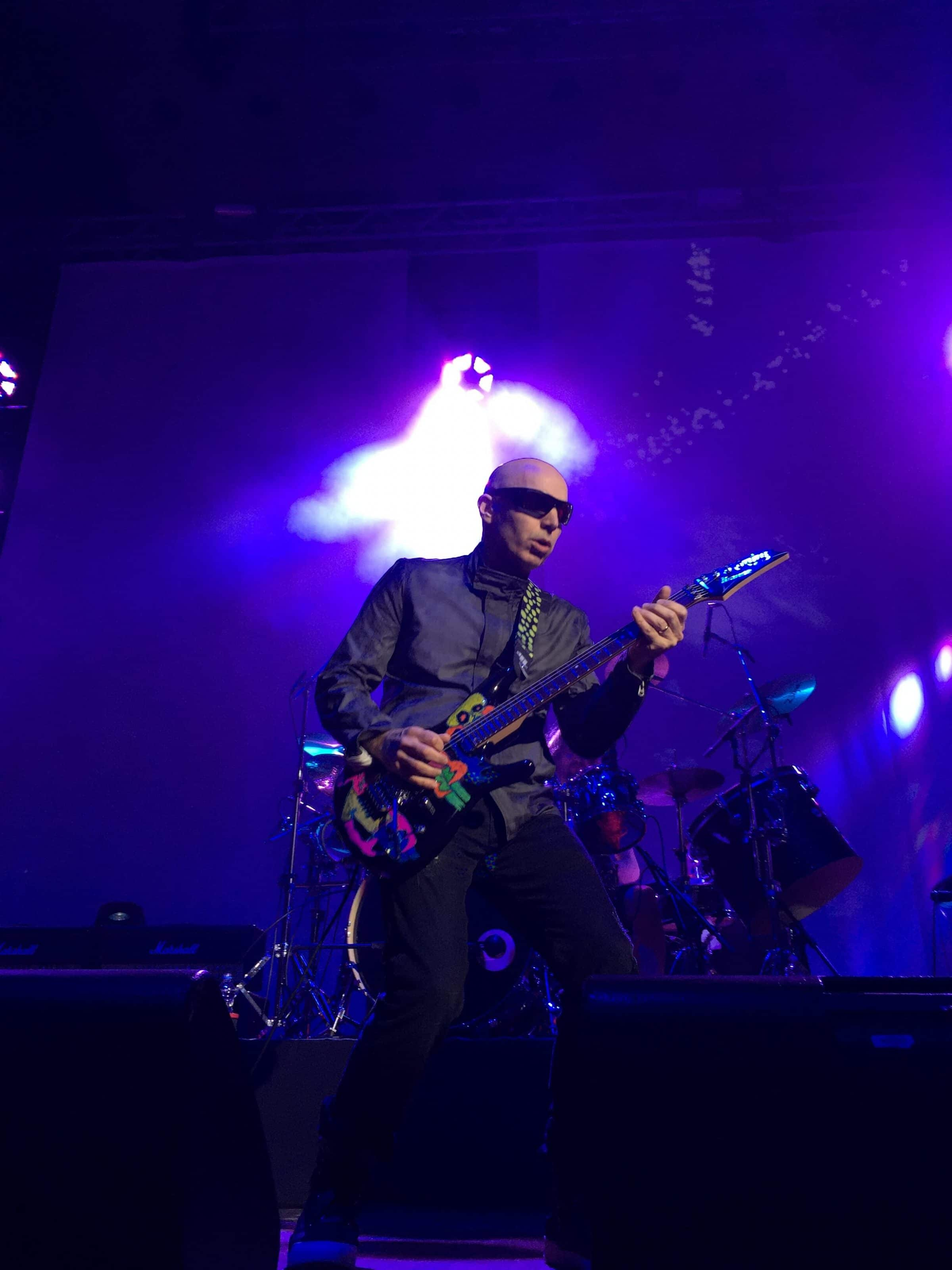 the fan experience joe satriani ibanez js25art 2015 live